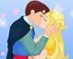 Cendrillon embrasse son prince